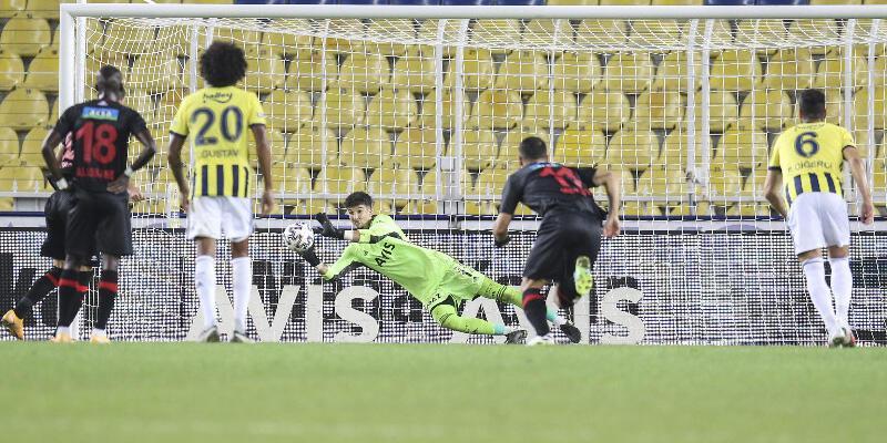 Altay 2 yıl sonra penaltı kurtardı 3 puan geldi!