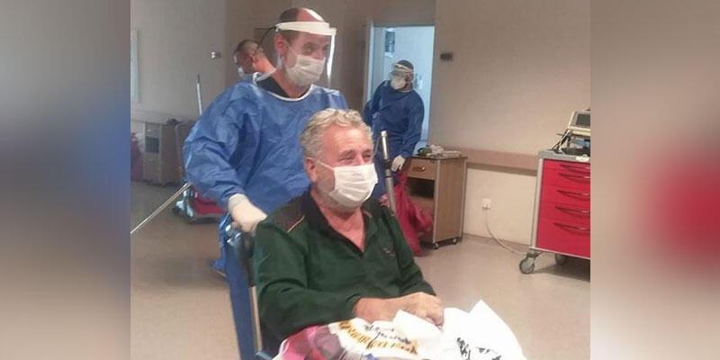Koronavirüsü yenen KOAH hastası alkışlarla taburcu oldu