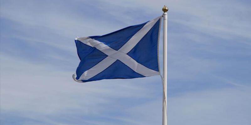 İskoçya'da yeni koronavirüs kararı: Alkol satışı yasaklandı