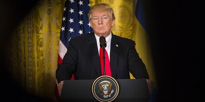 Koronavirüse yakalanan Trump'ın görev yapabilirliği tartışmaya açılıyor