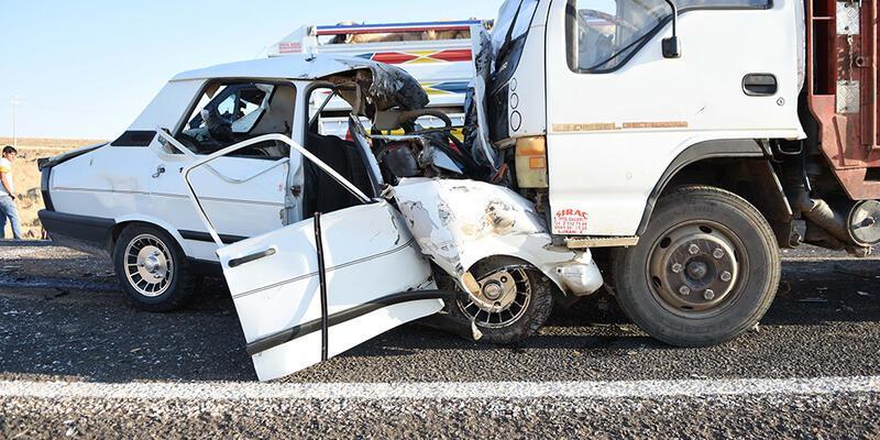 Son dakika! Şanlıurfa Siverek'te kaza: 3 ölü, 1 yaralı!