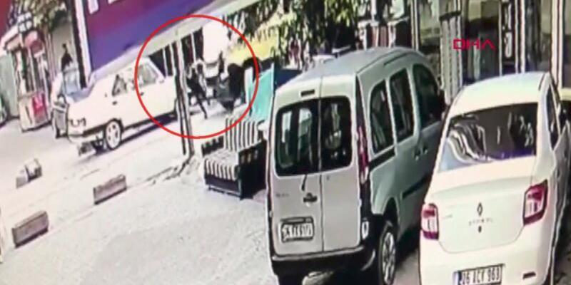 Minibüs çocuğa çarptı, mahalle sakinleri şoförü darbetti