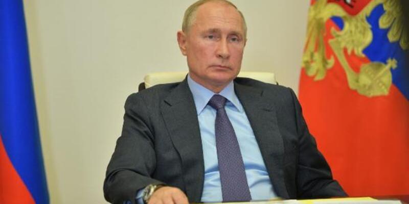 Rusya'da ikinci koronavirüs aşısı da tescil edildi