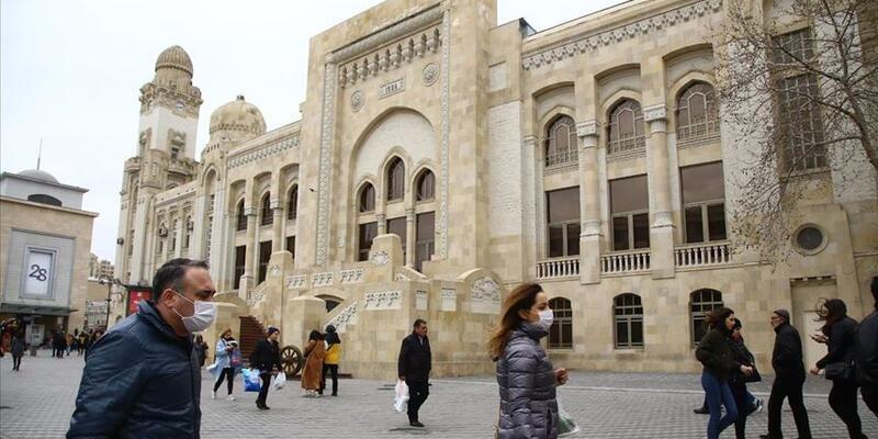 Azerbaycan'da Kovid-19 nedeniyle yeni tedbirler alındı