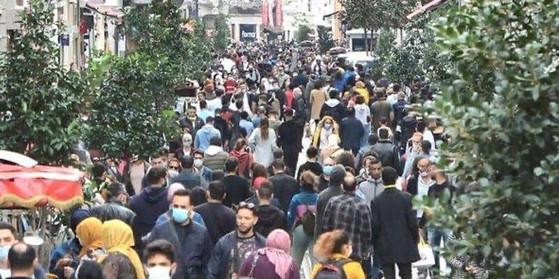 Sağlık Bakanı Koca'dan İstiklal Caddesi paylaşımı