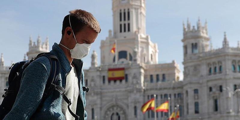 İspanya'da son 24 saatte 12 bin 214 yeni koronavirüs vakası