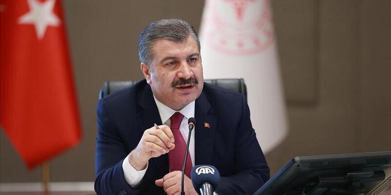 Sağlık Bakanı Koca'dan İmamoğlu'na geçmiş olsun telefonu