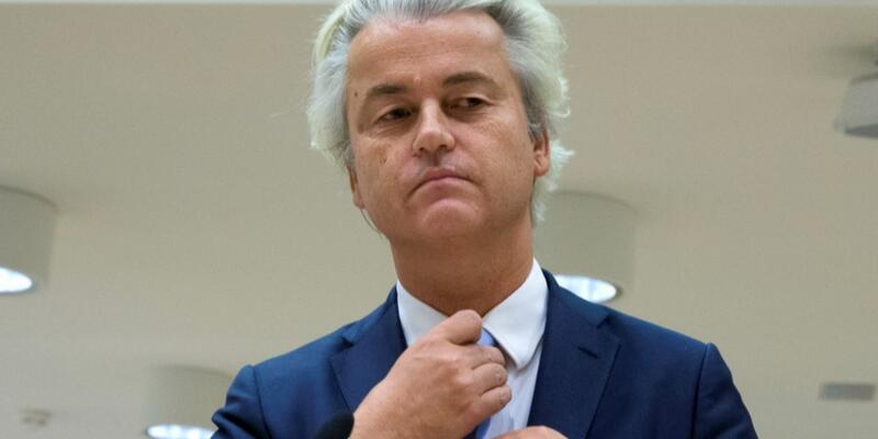 Bakan Çavuşoğlu'ndan Geert Wilders'e tepki: Avrupa'nın ezik ırkçıları yine kendini gösterdi