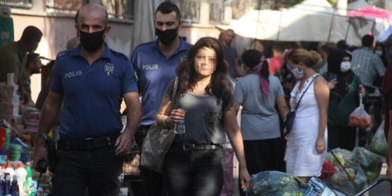 Eve kilitlenen kadını polis kurtardı