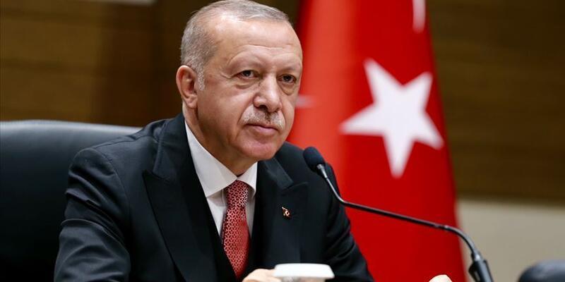 Erdoğan, Anavatan Partisi Genel Başkanlığı'na yeniden seçilen Çelebi'yi tebrik etti