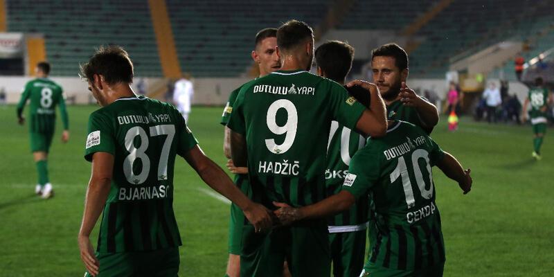 Bursaspor 90+4'te penaltı kaçırdı