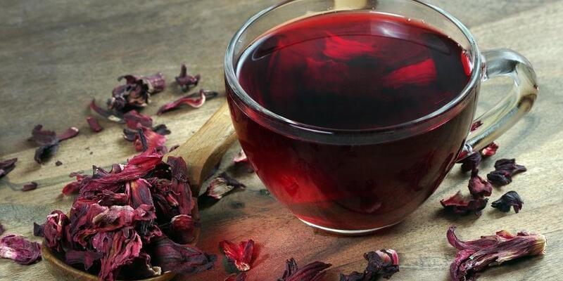 Hibiskus Çayı Nasıl Yapılır? Hibiskus Çayının Faydaları Nelerdir? Neye İyi Gelir?