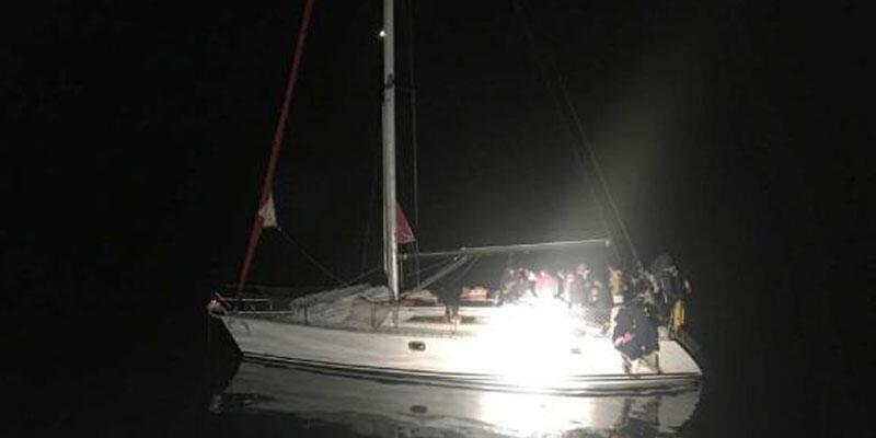 Marmaris'te 12 kaçak göçmen ve 2 organizatör yakalandı