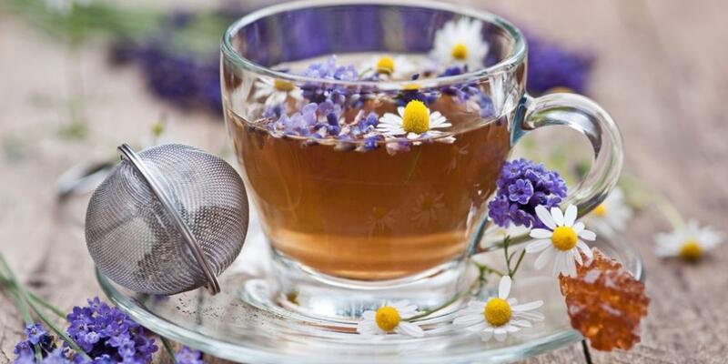 Lavanta Çayı Nasıl Yapılır? Lavanta Çayının Faydaları Nelerdir? Neye İyi Gelir?