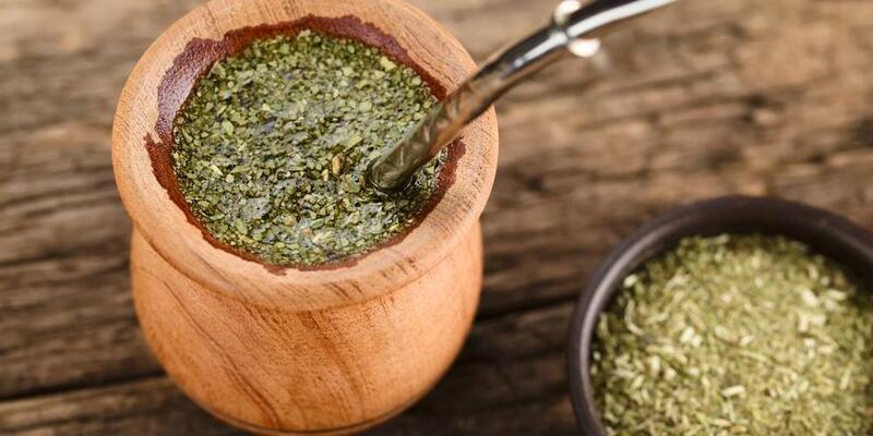 Mate Çayı Nasıl Yapılır? Mate Çayının Faydaları Nelerdir? Neye İyi Gelir?