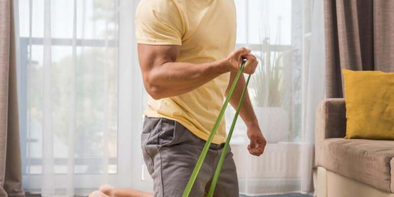 Arka Kol - Triceps Hareketleri: Evde Hangi Triceps Hareketleri Yapılabilir? Evde Yapılabilecek Egzersizler
