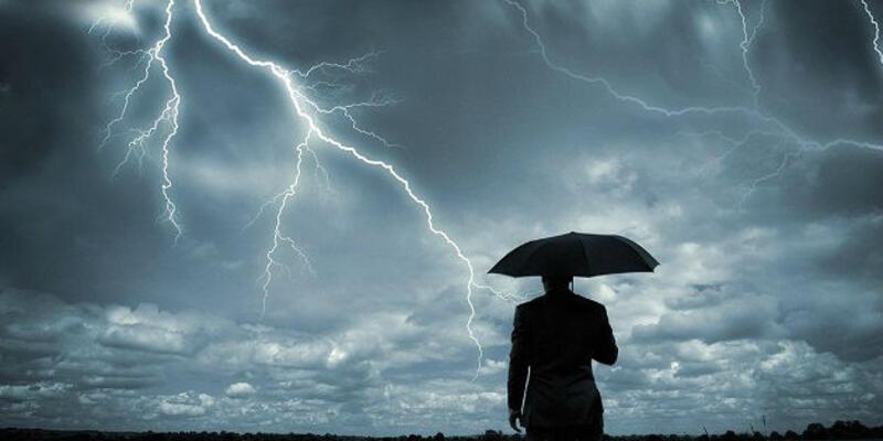 Gök gürültüsü nasıl oluşur? Şimşek neden oluşur? Şimşek çakarken okunacak dua!