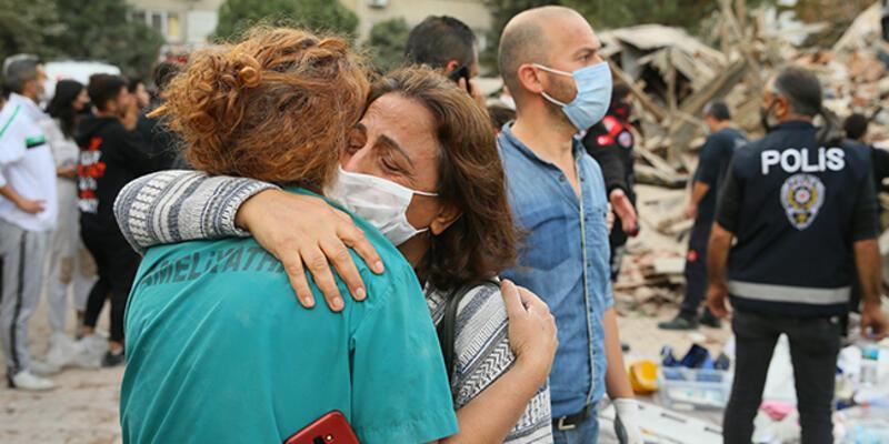 İzmir'de deprem nedeniyle bir hastanenin yataklı servisleri tahliye edildi