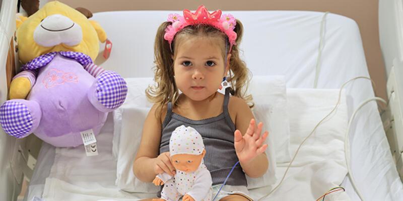91 saat sonra enkazdan çıkarılan Ayda'nın yoğun bakımdaki tedavisi sona erdi