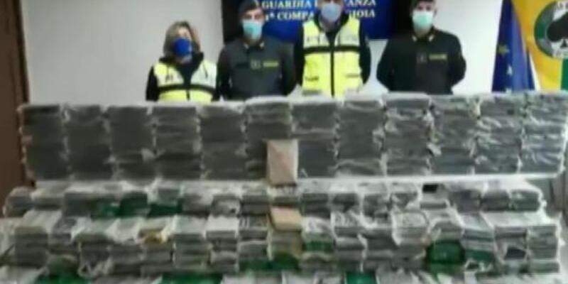 Midye kargosunda 186 milyon Euro değerinde uyuşturucu ele geçirildi