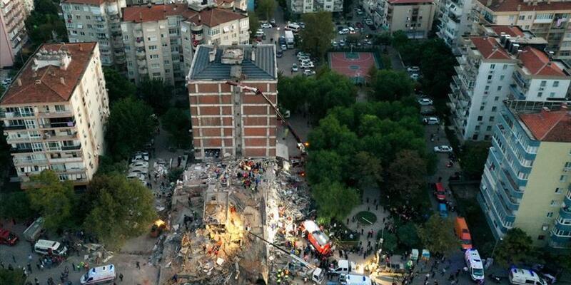 İzmir'e depremden etkilenen vatandaşlar için 10 milyon lira daha kaynak gönderildi