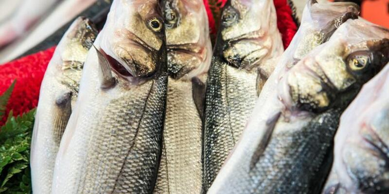 Balığı pişirirken yağda kızartmamaya dikkat