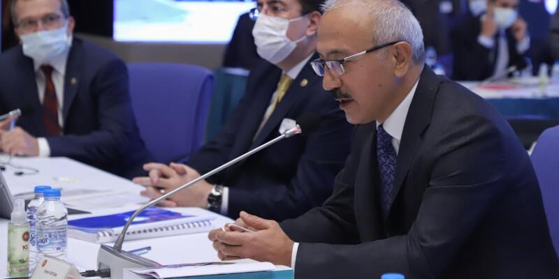 Bakan Elvan, Plan ve Bütçe Komisyonu'na veda etti