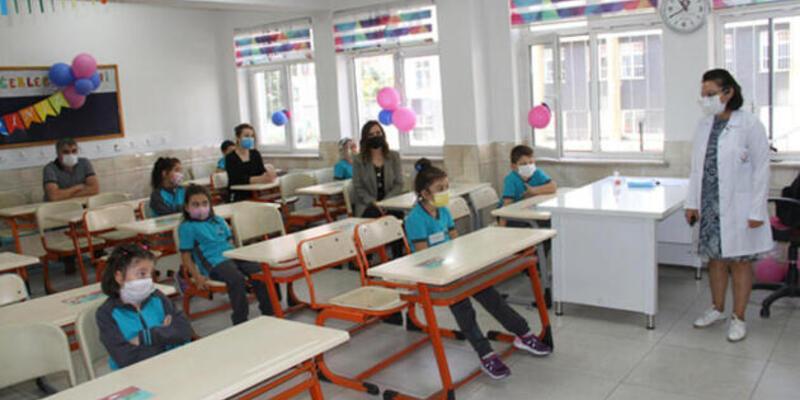 Bakan Selçuk: 16 Kasım'da tüm öğrenciler için bir haftalık ara tatil başlıyor