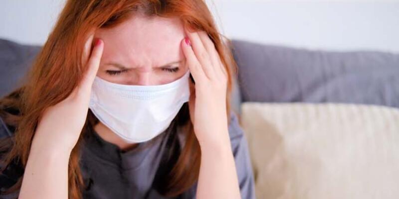 Koronavirüs cildi de vurdu! Maskeyi böyle kullanın