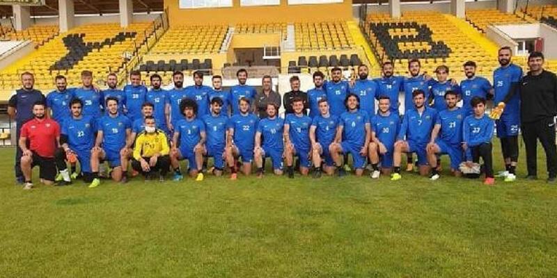 Bayburt Özel İdarespor'da ikinci koronavirüs şoku! 18 futbolcu pozitif