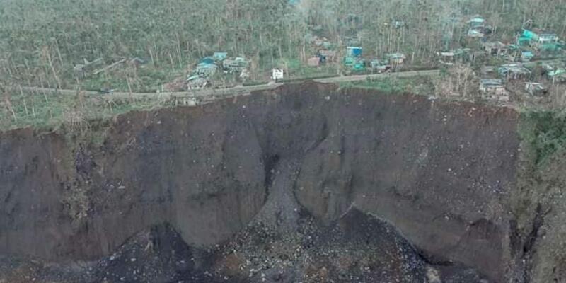 Filipinler'i vuran Vamco Tayfun'u heyelanı beraberinde getirdi