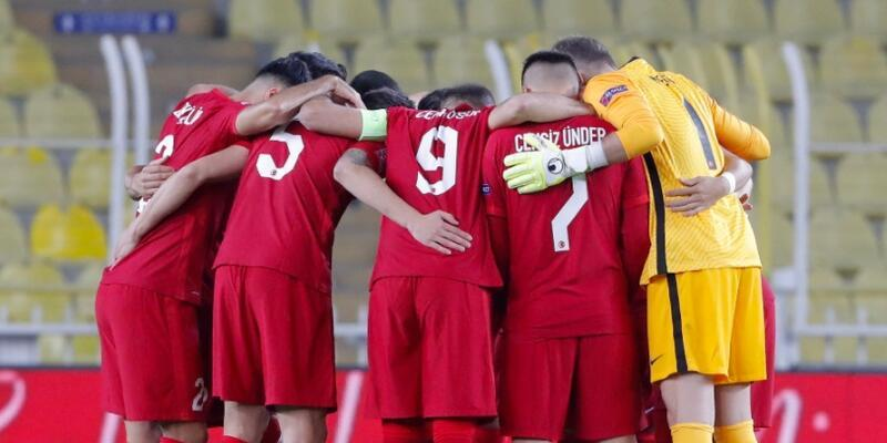 4 futbolcu milli takım kadrosundan çıkarıldı