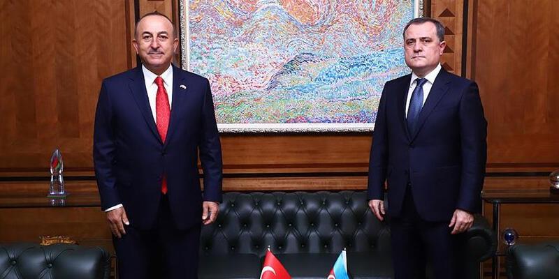 SON DAKİKA HABERİ: Bakan Çavuşoğlu, Azerbaycanlı mevkidaşı ile görüştü
