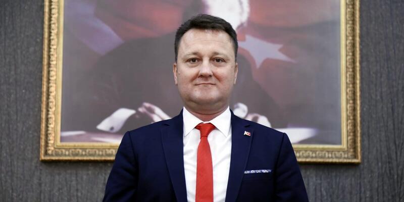 Menemen Belediye Başkanı Aksoy, CHP'den istifa etti