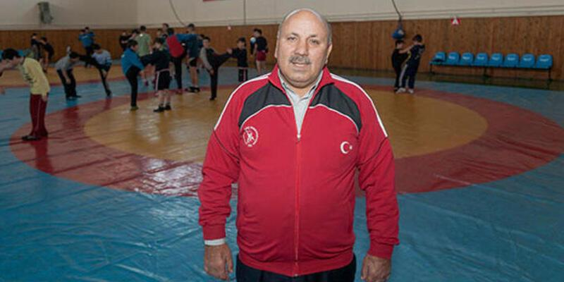 Türk güreşinin önemli ismi Reşit Karabacak hayatını kaybetti