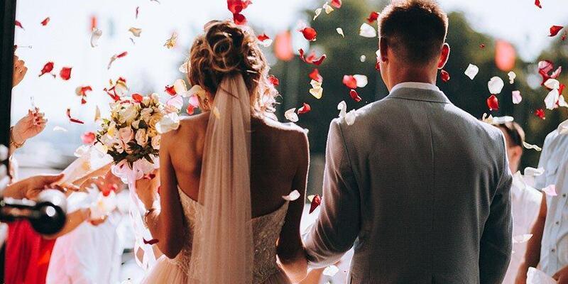Düğünler hangi saat aralığında olacak? Düğün salonları kapatılacak mı? Hafta sonu düğün saatleri nasıl oldu?