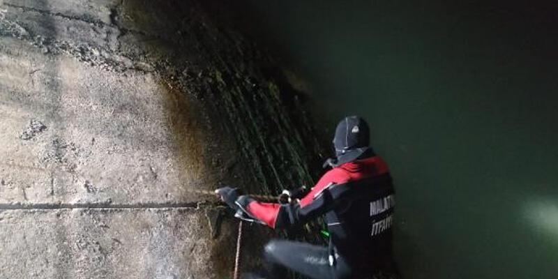 Balık tutmaya çalışan 2 çocuk, akıntıya kapılıp boğuldu