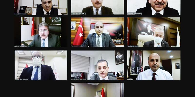 Bakan Koca tek tek video konferansla görüştü! 10 şehir için korona zirvesi