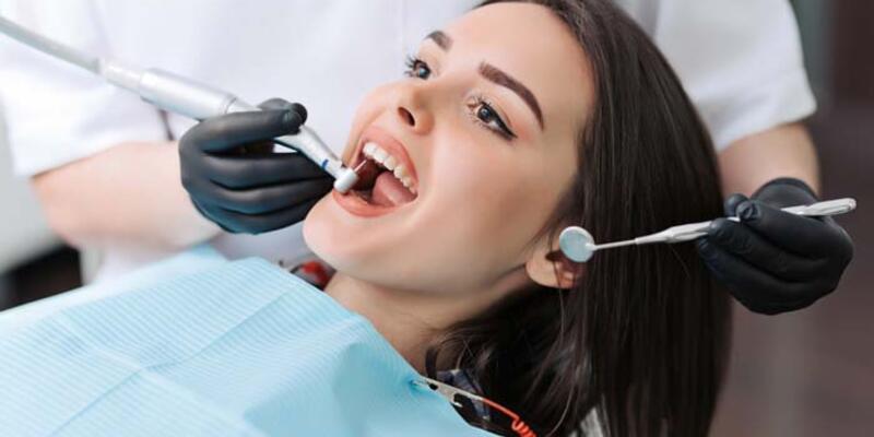 Eksik ağız ve diş tedavisi genel sağlığı tehlikeye atıyor