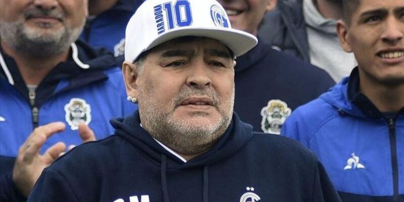 Diego Maradona öldü mü? Maradona kaç yaşında? Maradona hayatını neden kaybetti?