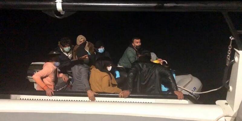 12 kaçak göçmeni, Sahil Güvenlik kurtardı