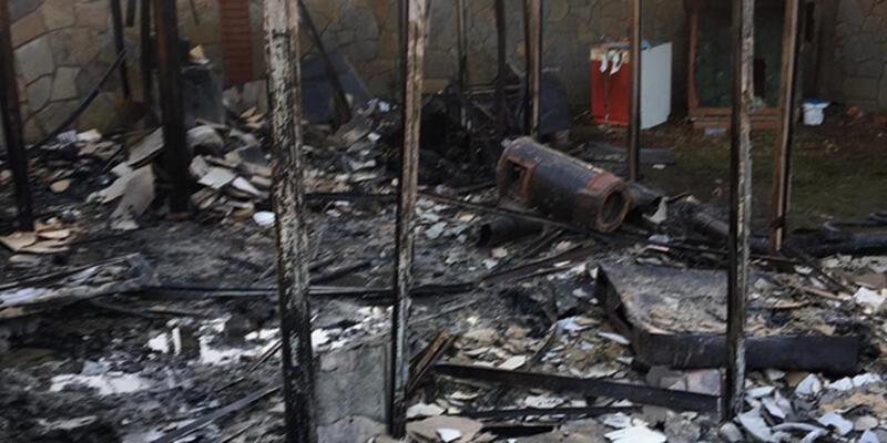 Villada çıkan yangında Galip Öztürk'ün damadı hayatını kaybetti