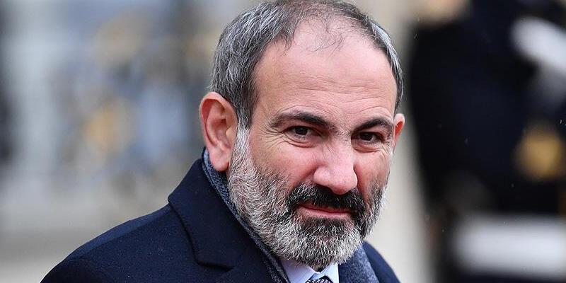 Ermenistan Cumhurbaşkanı Sarkisyan, hükümetin istifa etmesini istedi