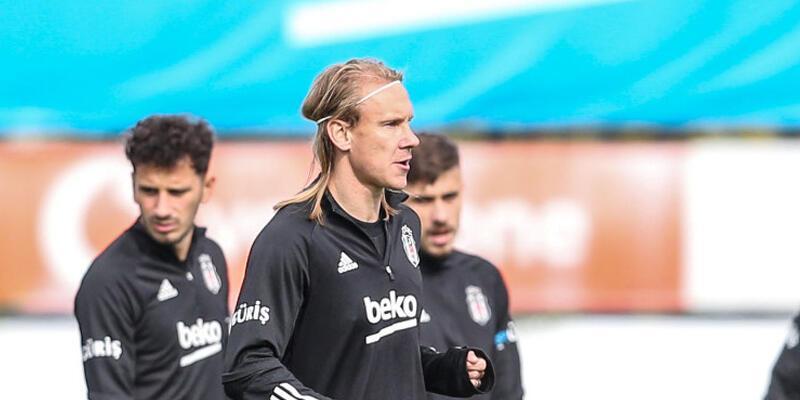 Son dakika... Beşiktaş'ta Domagoj Vida takıma katıldı