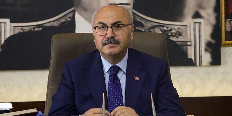 İzmir Valisi Köşger, Kovid-19 tedavisinin sona erdiğini açıkladı