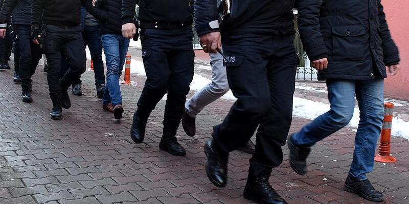 Son dakika.. İzmir'de büyük operasyon: 66 gözaltı!