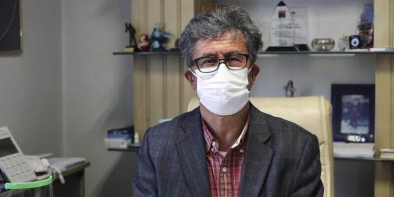 Covid-19 aşısı için gönüllü olan profesörden 'aşı yaptırın' tavsiyesi