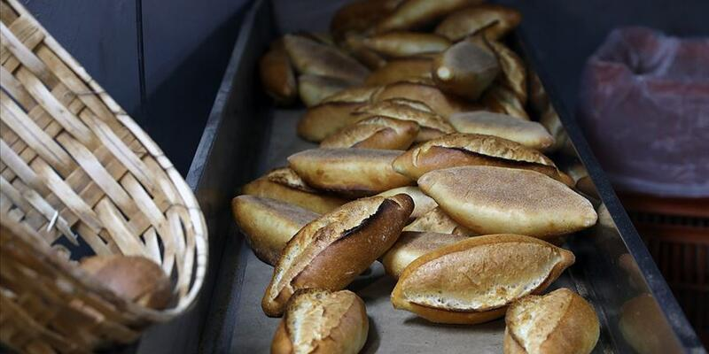 Köy meydanında ekmek satışına 17 bin lira ceza