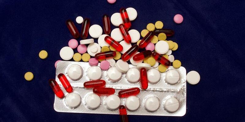 Vitaminler için 'eczane' ve 'ruhsat' önerisi