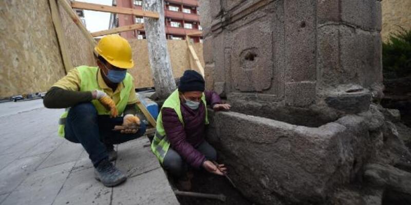 Tarihi çeşmede mahkumlara ait kesici aletler bulundu